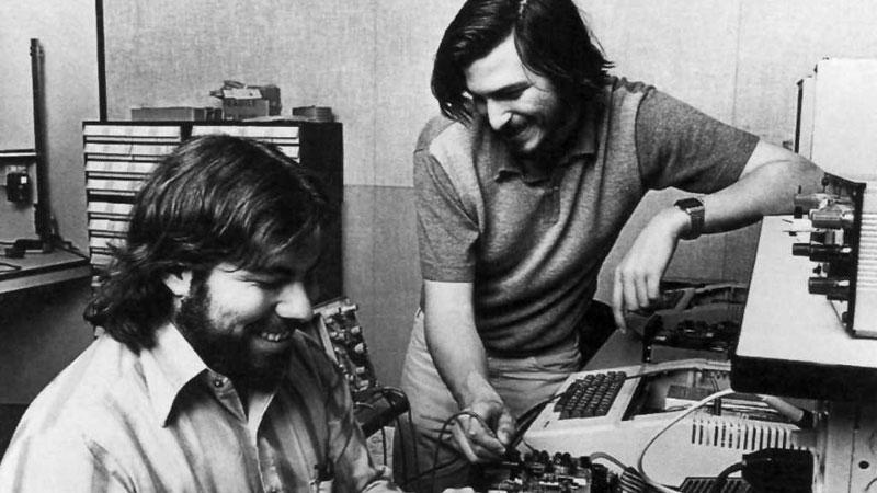 تاریخچه شرکت اپل 1